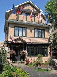 Calgary Bed And Breakfast Westways Guest House