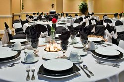 Banquet Table Set-Up