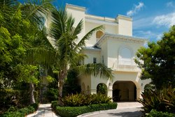 Boutique Property in Grace Bay Beach