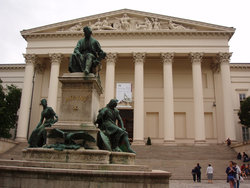 National Museum - 950 meters from the hotel