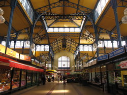 Central Market Hall - 700 meters from the hotel