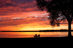 Romantic Ambiance & Spectacular Chesapeake Bay sunsets