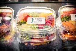 J House Fresh Salad