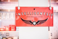 J House Intelligentsia