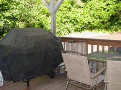 Covered Deck with BBQ & Table