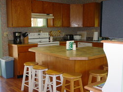 Outfitted Full Kitchen with Island