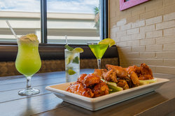 Specialty drinks & award winning hot wings - Holiday Inn Westbank