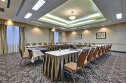 Woodslee Room - Holiday Inn & Suites Meeting Space