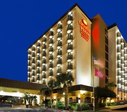 Make Crowne Plaza Suites your next home away from home.