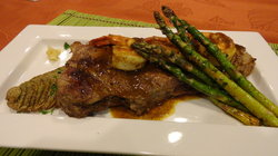 Curry-buttered Steak with Curry Shrimp