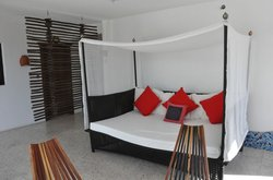 Day Bed in the Courtyard