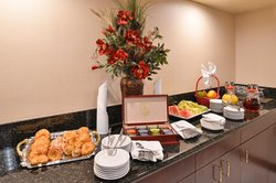 Breakfast or lunch meetings are no problem with our staff!