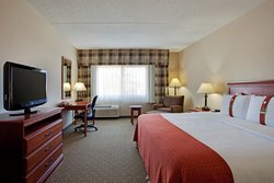 Our Deluxe King room meets your every need.