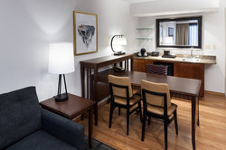 Suite Desk Wet Bar Reversed