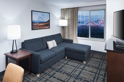 Suite Living Room Mountain View