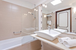 One Bedroom Bungalow Bathroom