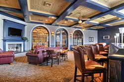 Magnuson Hotel Blue Bar