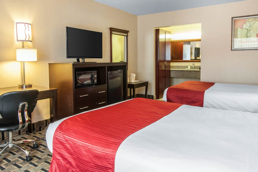 Home Clarion Hotel Conference Center Tampa