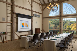 Packhouse Meeting Classroom-Style with Projector Screen