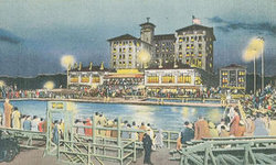 Nightly Water Shows at the Flanders Hotel