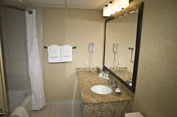 Family Suite Washroom