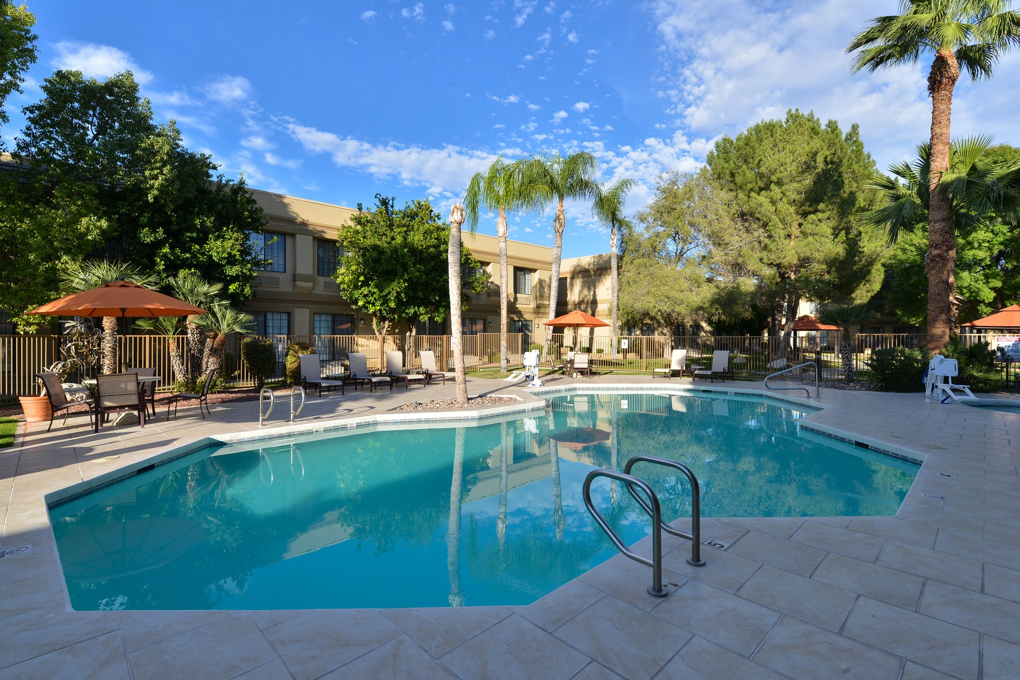outdoor pool - Resort Hotels In Tucson Az