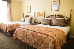 Traditional Guestroom
