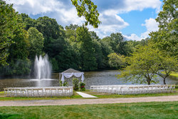 Outdoor Lakeside Wedding