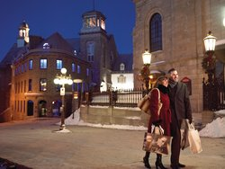 A Romantic Stroll in Old Quebec