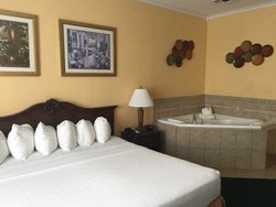 King Jacuzzi Tower Room at Shergill Grand Hotel