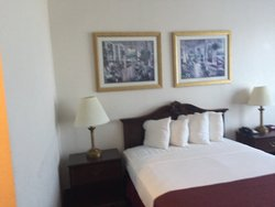 1 Queen Tower Room at Shergill Grand Hotel