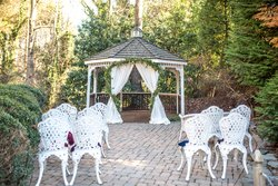 Cedars of Williamsburg Wedding Gazebo