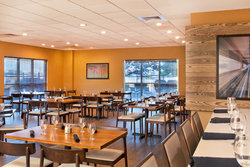 Newly Renovated Holiday Inn Presidential Little Rock Camp David Restaurant