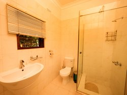 Executive Room Bathroom