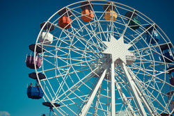 Ride the Ferris Wheel at the nearby Santa Cruz Beach Boardwalk.