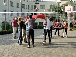 Gry i zabawy teambuildingowe|teambuilding games