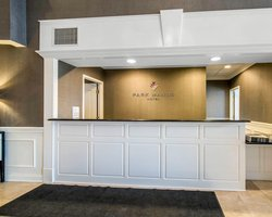Park Manor Hotel Front Desk