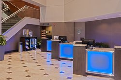 Crowne Plaza AiRE MSP Airport - Mall of America Front Desk