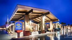Welcome to Best Western Plus Humboldt Bay Inn hotel in Eureka, California!