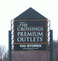 Crossing Premium Outlets