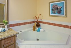 Our 1 King Loft Villas feature Jacuzzi tubs