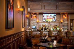 Spats Restaurant & Lounge at The Blennerhassett Hotel
