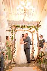 ©LivHefnerPhotography / Patio Tent / Blennerhassett Weddings