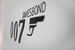 James Bond Room 2