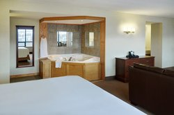 Jacuzzi in Executive Suite