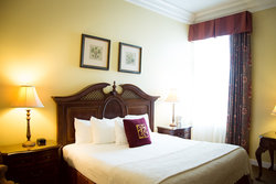 Traditional King Guestroom