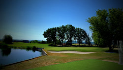 Hole 18 with Green at Diamond Country Club Atzenbrugg