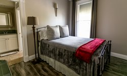 Executive One Bedroom with Office Suite 2