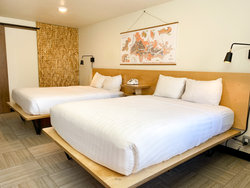Standard Room with 2 Queen Beds (Dogs OK) Bed