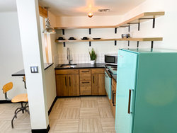 Studio Kitchenette with 1 King Bed + Bunkbed (Dogs OK) Kitchen